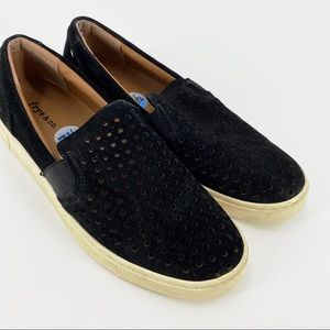 Frye & Co Peggy perforated slip on sneakers